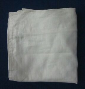 Banana Republic Pale Green 100% Linen Lot of 2 Square Pillow Covers Shams New