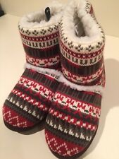 Muk Luks NWT WOMENS  slippers Size Small 5-6 NEW