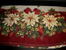 """Vintage Oval Christmas tablecloth Poinsettias, Holly & Pine-cones 80"""" x 60"""""""