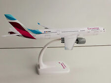 1/200 Herpa Snap in forma Eurowings Airbus A330-200 611008