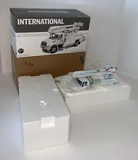 FIRST GEAR 1:34 Scale ALTEC International 4400 High Performance Truck #19-2827