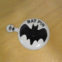 "VINTAGE BAT PIN BATMAN TV SHOW 1966 DC COMICS COMIC BOOK COLLECTIBLE 1.5"""
