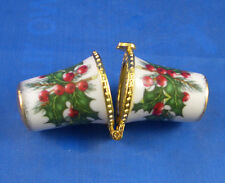 Thimble Needle Case Christmas Holly