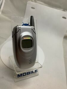 Samsung T100 - Silver (Unlocked ) Mobile Phone