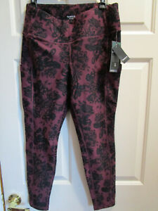 TORRID BLACK & RED FLORAL HIGH RISE WICKING ACTIVE LEGGINGS  NEW
