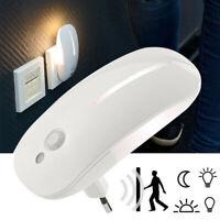 Presa LED luce notturna con rilevatore di movimento sensore crepuscolo Per Casa