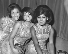 "The Marvelettes 10"" x 8"" Photograph no 21"