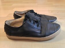 Toms Black Leather Womens Lace-ups with Inside Fur Size 7