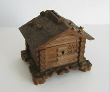 Alte handgeschnitze Holz Spardose als Forsthaus um 1920