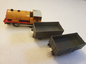Tomy Trackmaster, Thomas The Tank Engine 'Ben' Battery Train With Two trucks