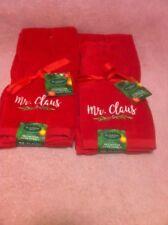 ST NICHOLAS SQUARE-CHRISTMAS HAND TOWELS 2 PK--MR & MRS CLAUS--FREE SHIP-NEW