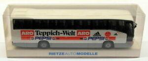 RietzeAutoModelle HO Gauge 1/87 Scale 40212 - Mercedes Benz Coach - Teppich Welt