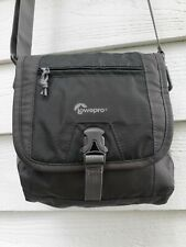 LowePro Nova Sport 7L AW Photo Shoulder Bag --Gray with Strap and Rain Cover