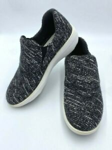 FitFlop Womens 8.5 Black White Textured Slip On Shoes Comfort Lightweight