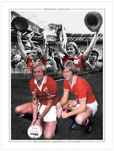 ME-052 - HAND SIGNED 16x12 MONTAGE EDITION MAN UNITED BRIAN & JIMMY GREENHOFF