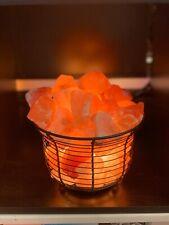 Fer Forgé Panier Forme Sel de l'Himalaya Lampe Natural Crystal Rock