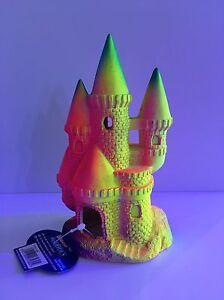 Classic Flourescent Castle - 17.5cm - Aquarium Ornament - Decoration - Bright