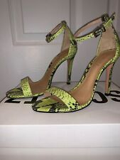Schutz Cadey Lee Sandals Animal Print Snake Neon Yellow Pre Owned Size 7B