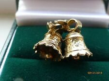 Vintage 9 ct yellow charm of wedding bells ,ribbons,moveable ringers HM ,3.84gms