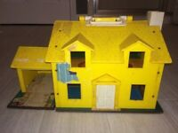Vintage 1969 Fisher Price Family Play House #952