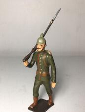 CBG Mignot Ancien : WWI - Soldat Allemand au défilé