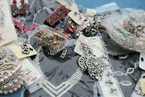 Beautiful Quality Costume Jewellery Diamante Stones Bling 60 Items Mixed Job Lot