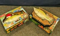 2 Big Mouth Billy Bass Singing Fish Head Talking Wall Plaque Christmas
