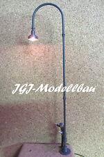 BW-Leuchte mit Bodenplatte, Messing-Handarbeitsmodell