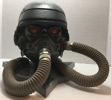 Killzone PS3 Helghast Limited Edition Gas Mask Helmet Storage Display Case