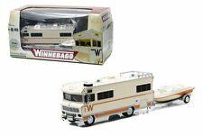 GREENLIGHT 1:64 1973 WINNEBAGO CHIEFTAIN RV AND BOAT WITH TRAILER DIECAST 51082