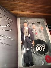 Sideshow James Bond Timothy Dalton Legacy Edition like New como nuevo