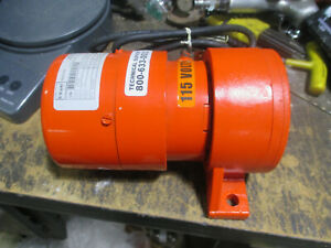 Vibco electric vibrator Model SPR-60  115VAC