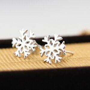 Silver Plated Pair Of Sweet Snowflake Stud Earrings. 925 Christmas