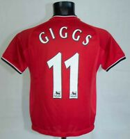 BOYS MANCHESTER UNITED FOOTBALL SHIRT #11 GIGGS UMBRO SIZE 10 -12 YRS