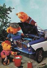 Teddybären bei der Autoreparatur 1975