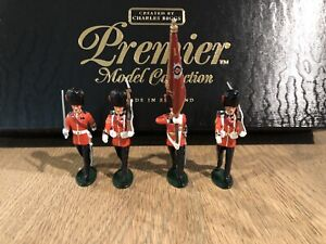 Britains Premier: Boxed Set 41037 - Coldstream Guards Colors. 54mm Metal Models