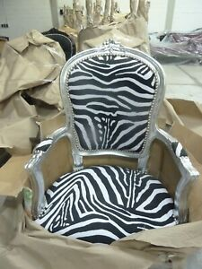Barockstuhl zebra muster schwarz weiß silber Tierfell Muster modern repro design