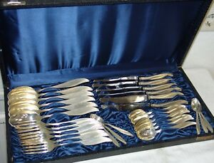 Silber - Besteck für 6 Personen attraktive ergonomische Form 30 Teile im Etui
