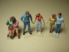 6  FIGURINES 1/43  SET  149  LES  AMOUREUX  VROOM   UNPAINTED  1/43  FIGURES