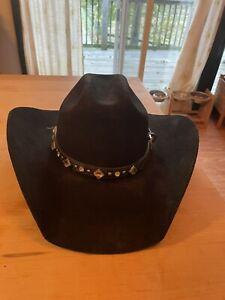 black bullhide cowboy hat