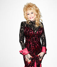 Dolly Parton UNSIGNED photograph - L3155 - In 2012 - NEW IMAGE!