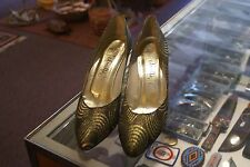 Amalfi gold lame' med (1.75 to 2.75 in) heel pumps size 9 AA
