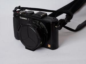 Panasonic Lumix DMC-LX7 digital camera with Leica lens