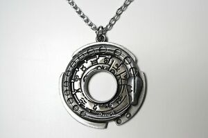 Necklace Assassins Creed Connor Grey Pendant Game Silver Chain Gift