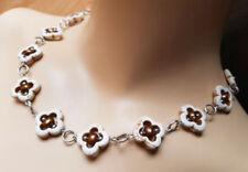 Natürliche gefärbte Echtschmuck-Halsketten & -Anhänger aus Metall-Legierung