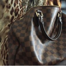 Louis Vuitton LV Damier Speedy 30 Handbag - Authentic Pre Owned