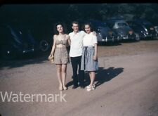 1940s red border kodachrome photo slide man and ladies by cars