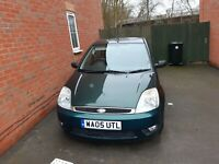 FORD FIESTA MK6 GHIA 1.4 PETROL GREEN 2005 TOP SPEC LONG MOT NO RESERVE