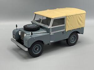 Land Rover Series I, grau/matt-beige, RHD, 1957 1:18 MCG 18178  *NEW*