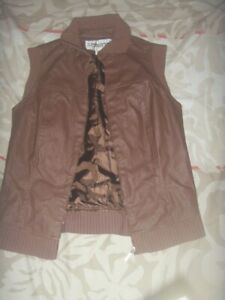 In good condition Winter / Autumn windproof top - Size M *Free Post